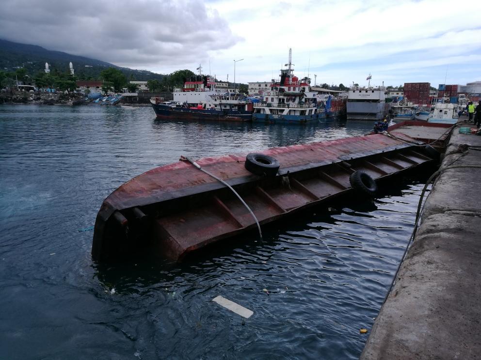 Barge MT